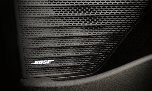 Naujasis Hyundai BAYON bose garso sistema