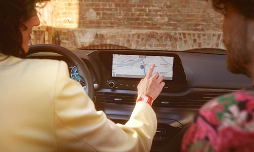 Naujasis Hyundai BAYON didelis jutiklinis ekranas