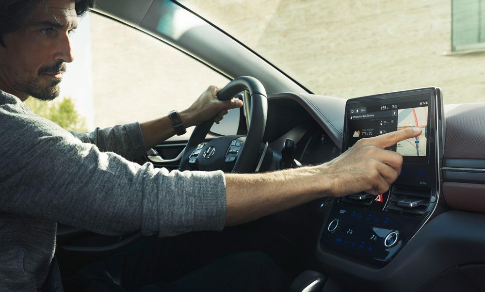 Hyundai IONIQ interjeras hybridas
