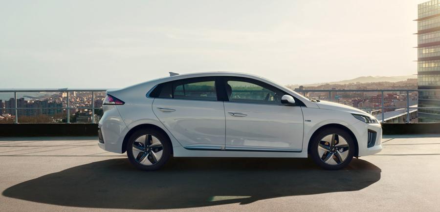 Hyundai Ioniq hybrid išorė