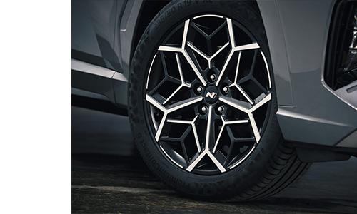 Naujasis Hyundai Tucson N LINE ratlankiai