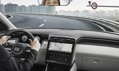 Naujasis Hyundai Tucson sauga greičio palaikymas