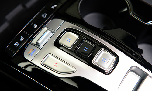 Naujasis Hyundai Tucson pavarų perjungimo mygtukas