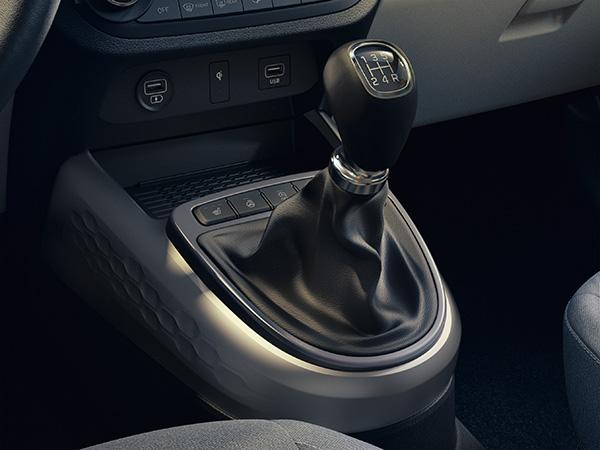 Naujasis Hyundai i10 mechaninė transmisija