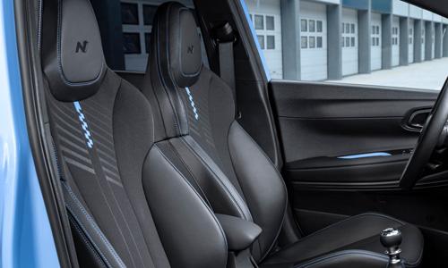Naujasis Hyundai i20N MY21 sportinės sėdynės