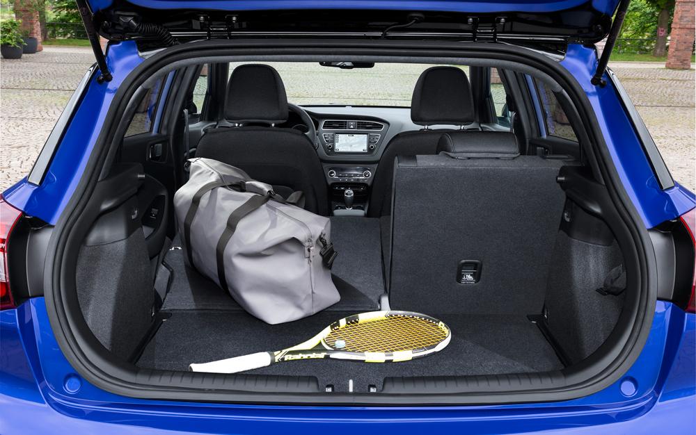 Hyundai i20 Atcive Cross fakto auto bagažinė