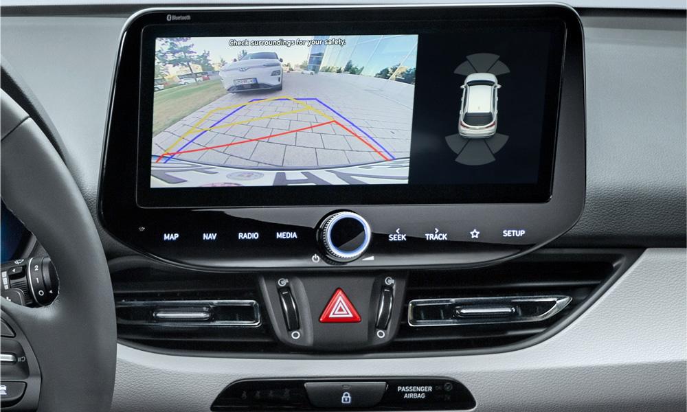 Naujasis Hyundai i30 fastback my21 lengvas statymas