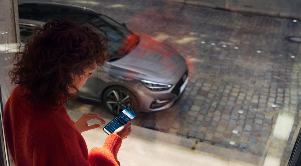 Naujasis Hyundai i30 fastback my21sujunkite telefoną su automobiliu