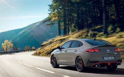 Naujasis Hyundai i30 Fastback N MY21 Track Sense Shift