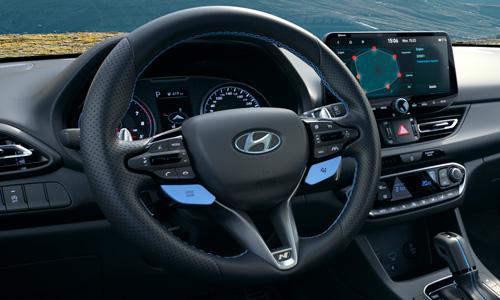 Naujasis Hyundai i30 Fastback N MY21 N linijos vairas
