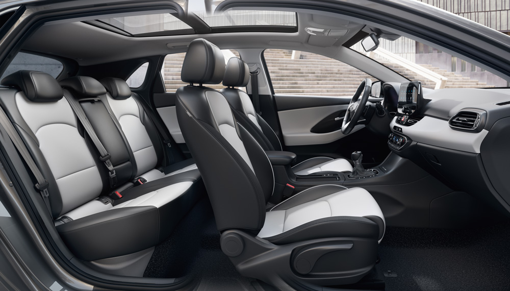 Naujasis Hyundai i30 my21 naujos spalvos ir medziagos