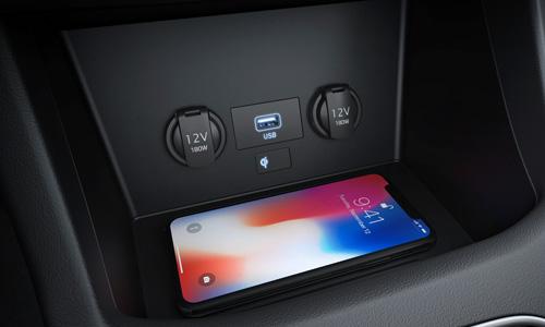 Naujasis Hyundai i30N MY21 Belaidis telefonų krovimas