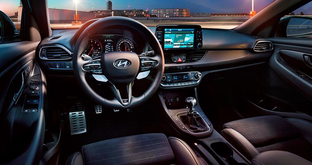 Hyundai i30 N salonas