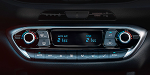Hyundai i30 Fastback N klimato kontrolė