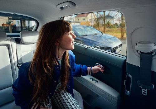 Hyundai IONIQ 5 saugaus išlipimo sistema