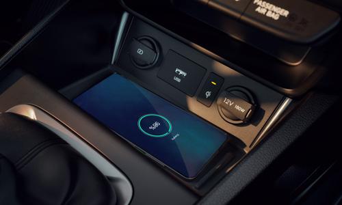 Naujasis Hyundai KONA MY21 belaidis įkrovimas