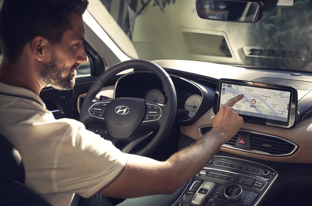 Naujasis Hyundai Santa Fe MY21 vidus aukščiausios kokybės medžiagos
