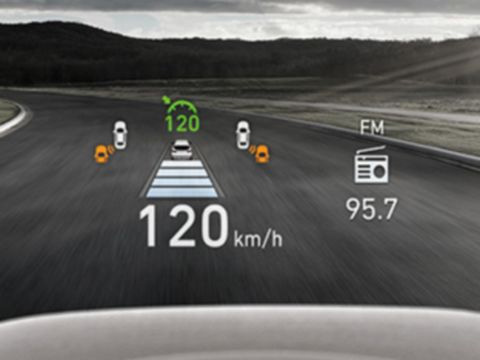 Naujasis Hyundai Santa Fe MY21 vidus projekcinis ekranas