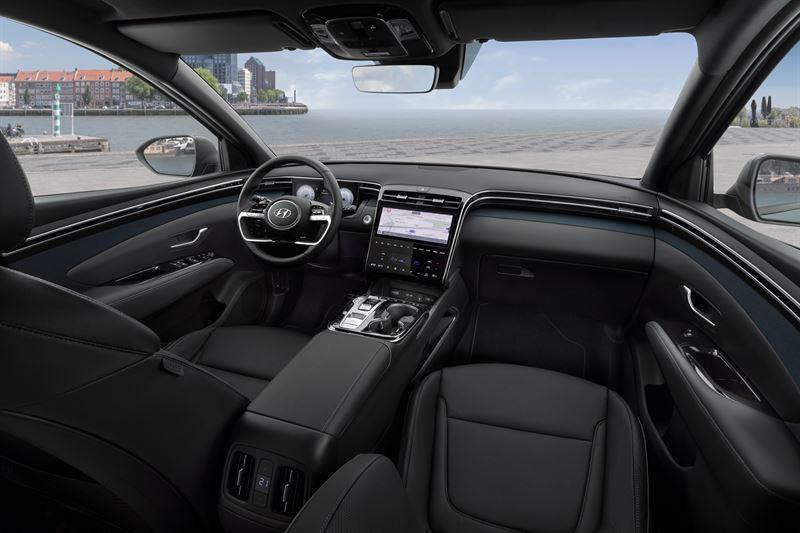 Hyundai Tucson salonas fakto auto