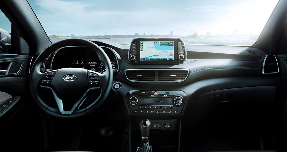 Hyundai TUCSON FAKTO AUTO centre. Tucson interjeras ir navigacija